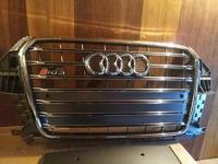 Решетка радиатора Audi Q3 S-line