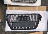 Audi A4 B8 решетка радиатора RS4  black рестайл