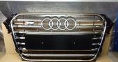 Audi A4 B8 Решетка радиатора S4 рестайлинг