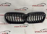 BMW G30 Решетка радиатора  LCI m look черные